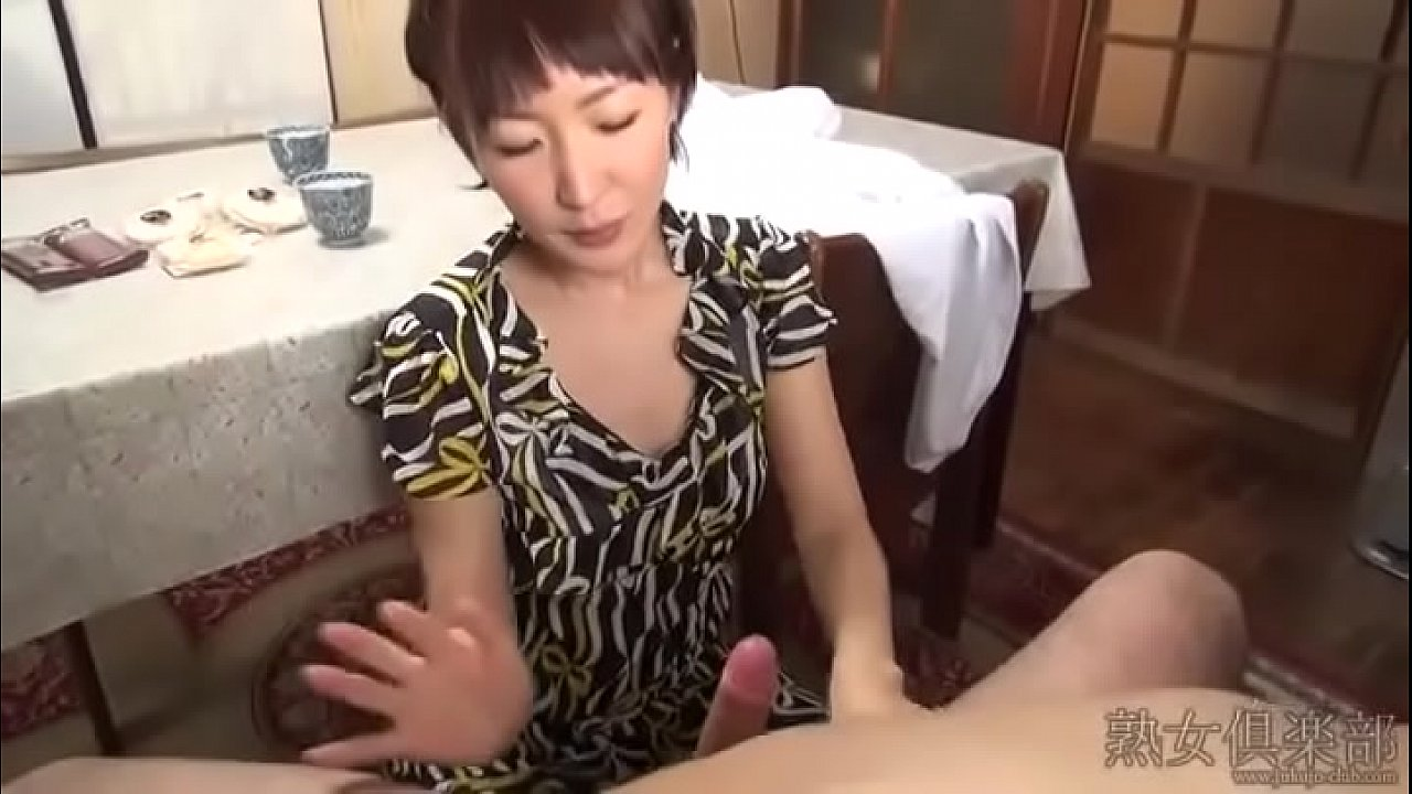 Japanese slim woman handjob porn movie